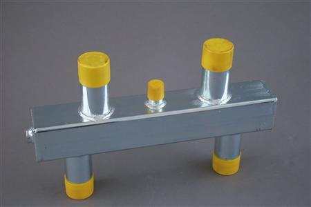 Nefit-Bosch Cascade Nefit open cv verdeler, staal, oppervlaktebescherming gegalvaniseerd, max. verwarmingsvermogen 70kW, 1 ketelaansluitingen, uitvoering ketelaansluiting buitendraad, aansluitmaat ketelaansluitingen 1.1/2
